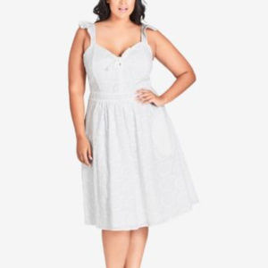 City Chic 16 Off white Eyelet Lace Dress New A7-04